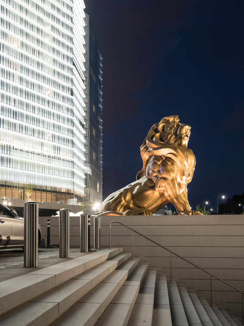 At MGM National Harbor, lighting unifies the narrative - HB